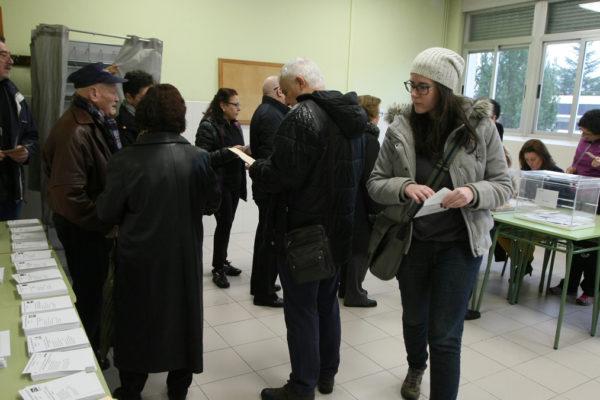 La inmadurez política del voto obrero y el crimen del revisionismo en las elecciones burguesas
